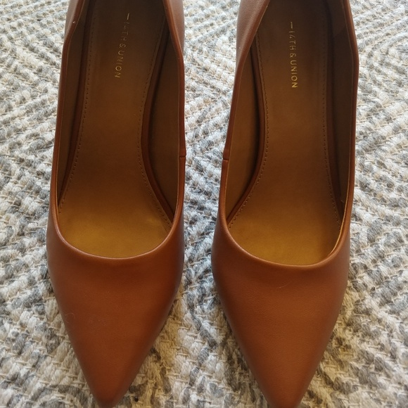 14th & Union Shoes - Maty Pointed Toe Pump